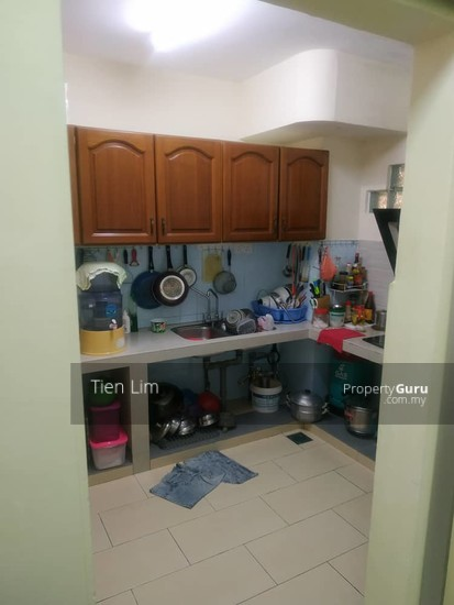 Desa View Towers Apartment  136859317