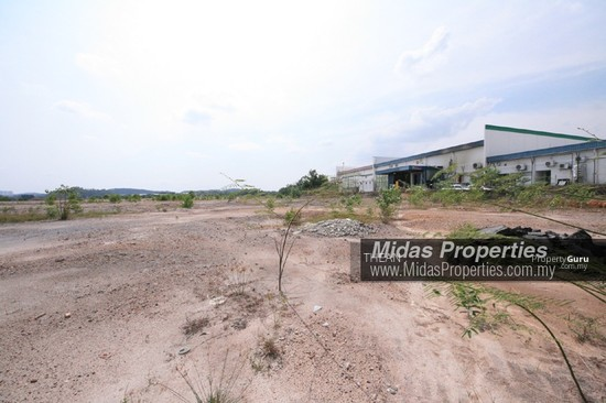 NILAI INDUSTRIAL ESTATE PRIME INDUSTRIAL LAND HIGH VISIBILITY NEAR HIGHWAY FLAT READY TO BUILD  136972855