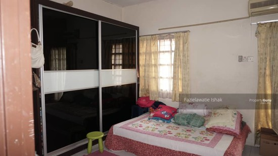 Double Storey Seksyen 3 Bangi Perdana RENOVATED    136986976