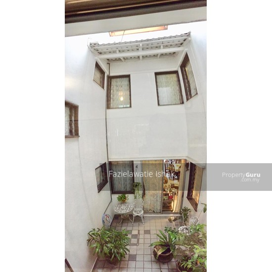 Double Storey Taman Seputeh KL (Midvalley) EXTENDED & WELL MAINTAINED -FREEHOLD  137017876