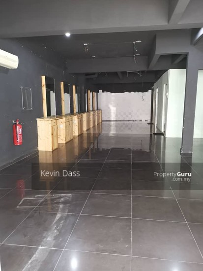 GROUND FLOOR SHOPLOT IN SS 15 FOR RENT  138039954