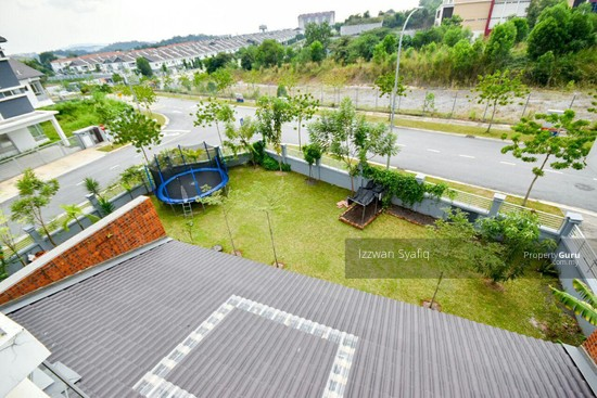 Beautiful Renovated 3 Storey Superlink (Corner Lot), Fairfield Residence, Tropicana Heights Kajang  138216484