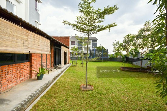 Beautiful Renovated 3 Storey Superlink (Corner Lot), Fairfield Residence, Tropicana Heights Kajang  138216485