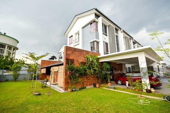 Beautiful Renovated 3 Storey Superlink (Corner Lot), Fairfield Residence, Tropicana Heights Kajang  138216488