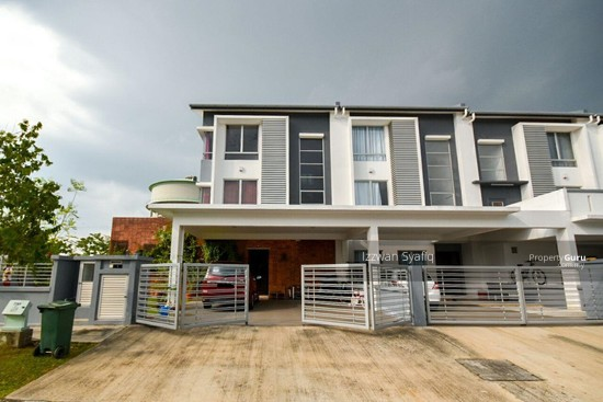 Beautiful Renovated 3 Storey Superlink (Corner Lot), Fairfield Residence, Tropicana Heights Kajang  138216499
