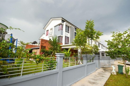 Beautiful Renovated 3 Storey Superlink (Corner Lot), Fairfield Residence, Tropicana Heights Kajang  138216500