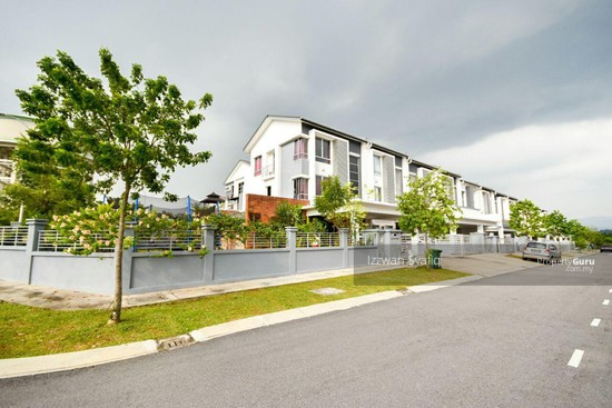 Beautiful Renovated 3 Storey Superlink (Corner Lot), Fairfield Residence, Tropicana Heights Kajang  138216501