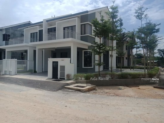 "Garden Hills Residence Nilai 10"" land on the side for gardening or future renovation 138811006"