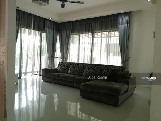 2.5 storey semi-D @ Twin Palms Sg. Long  139069718