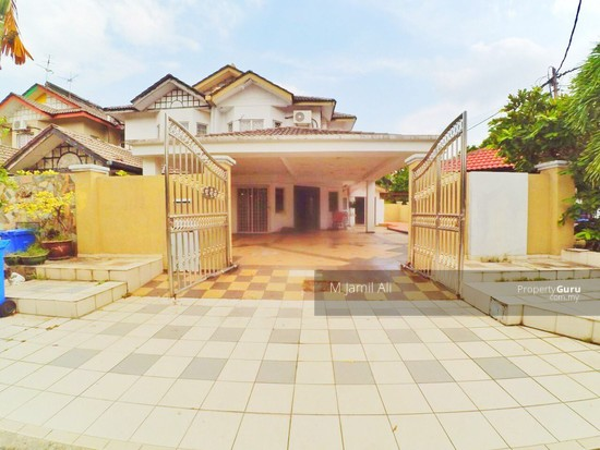 Renovated Corner link house nearby to UITM Shah Alam  139665683