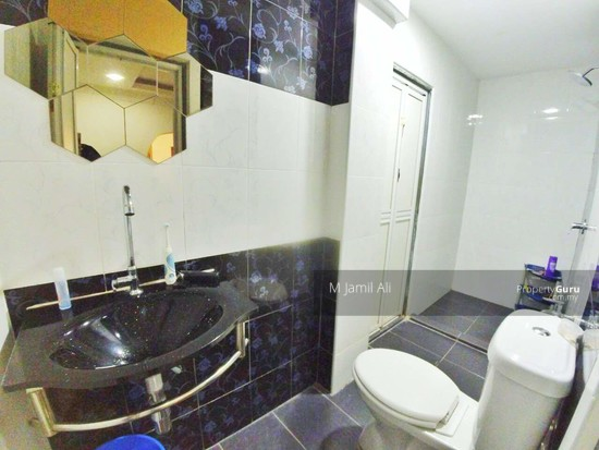 Renovated Corner link house nearby to UITM Shah Alam  139665729