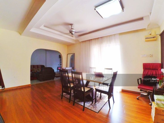 Renovated Corner link house nearby to UITM Shah Alam  139665770