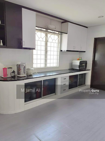 Renovated Corner link house nearby to UITM Shah Alam  139665798