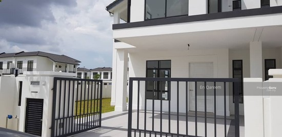 COrner Lot 2 Storey Graham Garden Eco World Type D Puncak ALam. Brand New  140099250