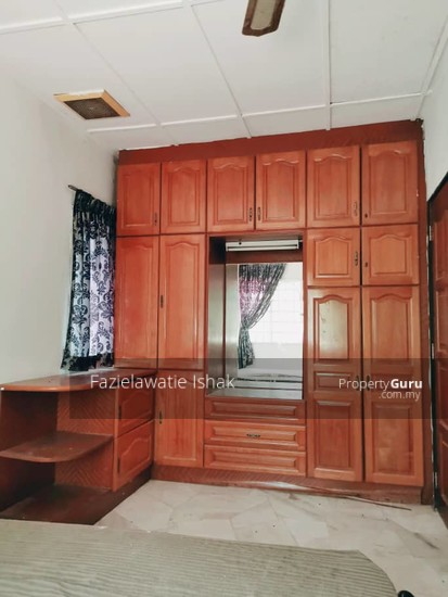 CORNER LOT Double Storey Sri Sedeli Taman Sri Andalas Klang RENOVATED & SEMI FURNISHED  140229291