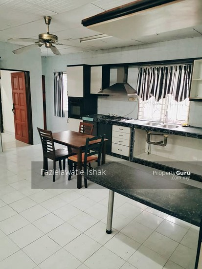 CORNER LOT Double Storey Sri Sedeli Taman Sri Andalas Klang RENOVATED & SEMI FURNISHED  140229319