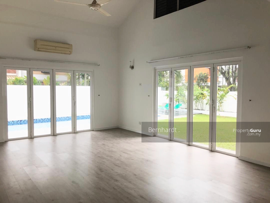 Damansara Heights Bungalow with Pool  140647419
