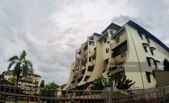 STRATEGICALLY LOCATED & WELL MAINTAINED Trellises Apartment TTDI KL  141067864