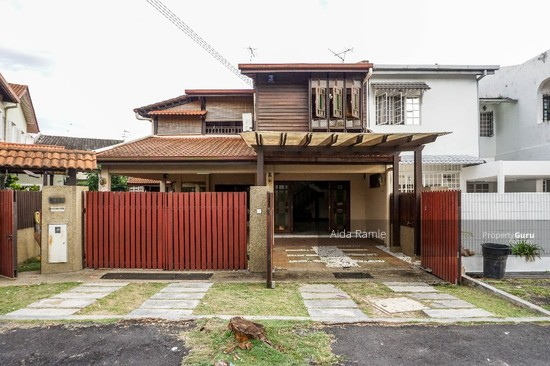 Fully renovated five bedrooms end lot double storey @ Taman Ehsan, Kepong  141179895