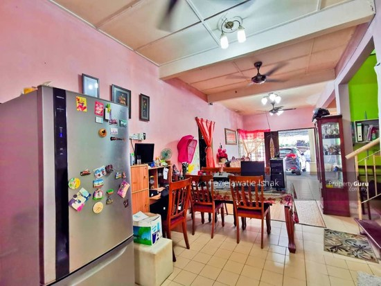 1.5 Storey Taman Impian Putra, Bandar Sri Putra Bangi [END LOT & RENOVATED]  141848622
