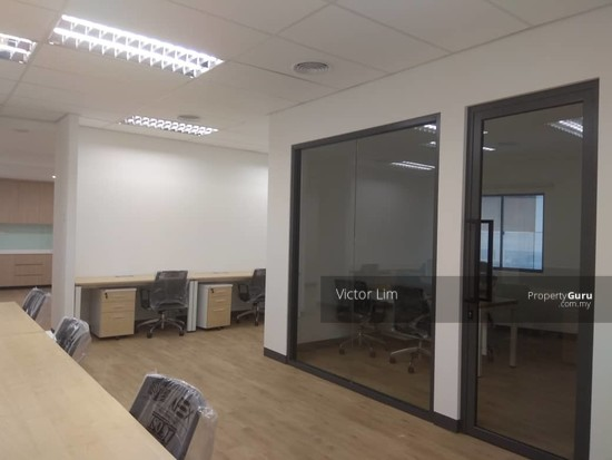 Wisma UOA Centre office near Pavilion and KLCC and LRT  142372381
