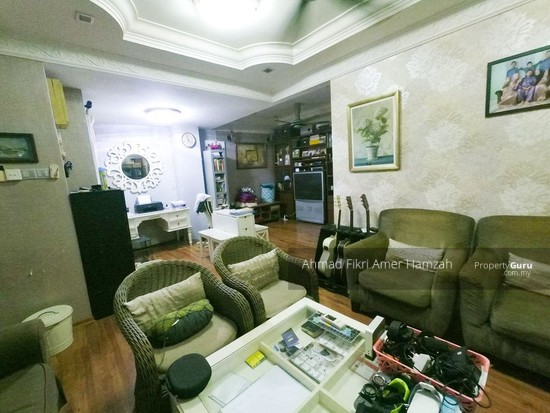 [RENOVATED] Double Storey Terrace Putra Heights  142529562