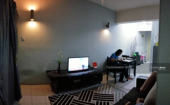 SECOND FLOOR Apartment Centre Point Selayang  142715878