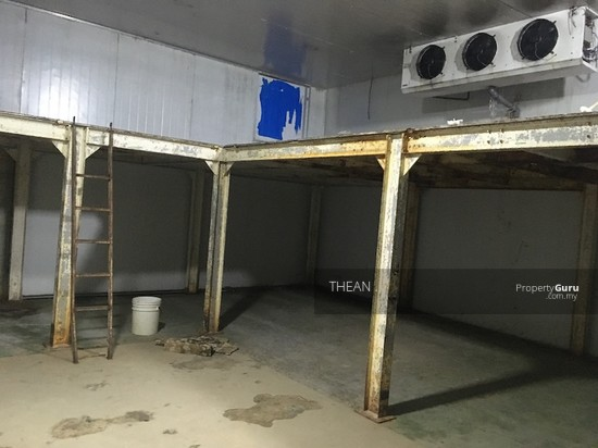 SECTION 16 SHAH ALAM FACTORY WITH COLD ROOM SUITABLE FOR FOOD PRODUCTION EASY ACCESS TO HIGHWAY  143572857