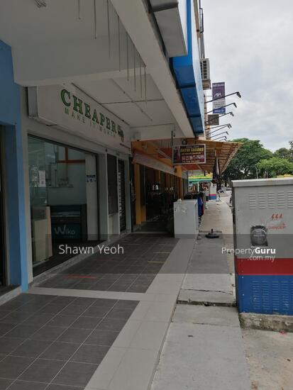 3rd storey shop lot Phase 1 Maverus for rent  147251454