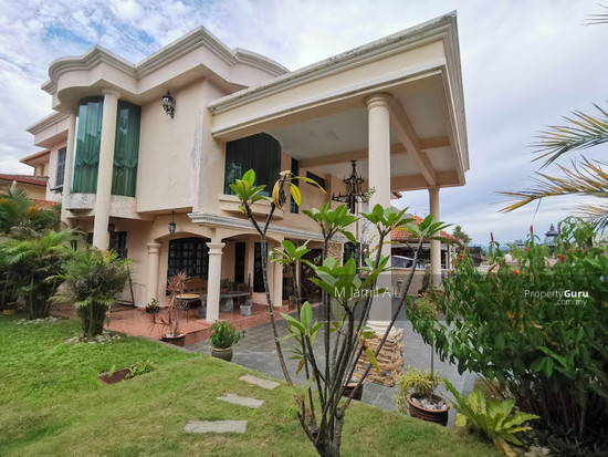 Beautiful Semi-d Bandar Tun Hussein Onn  147395761