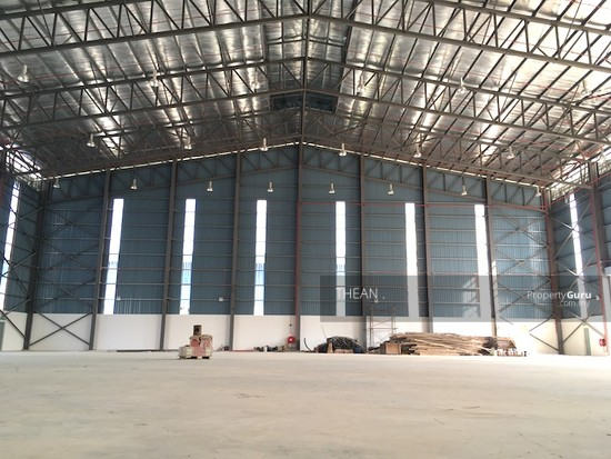 BUKIT JELUTONG, SHAH ALAM  SEKSYEN U16 NEW TWIN WAREHOUSES HIGH SPECIFICATIONS WATER SPRINKLERS ETC  147484071