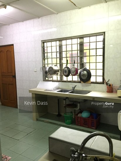 DOUBLE STOREY CORNER HOUSE IN PUCHONG UTAMA FOR SALE  148414648