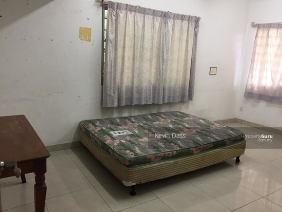 DOUBLE STOREY CORNER HOUSE IN PUCHONG UTAMA FOR SALE  148414728