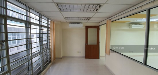 OFFICE IN BANDAR PUTERI PUCHONG WITH LIFT FOR RENT  150202809