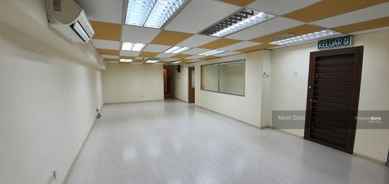 OFFICE IN BANDAR PUTERI PUCHONG WITH LIFT FOR RENT  150202818
