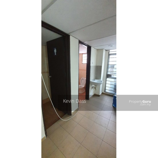 OFFICE IN BANDAR PUTERI PUCHONG WITH LIFT FOR RENT  150202930
