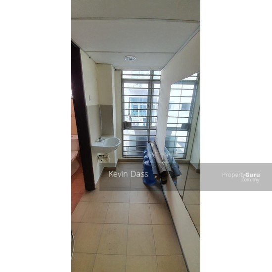 OFFICE IN BANDAR PUTERI PUCHONG WITH LIFT FOR RENT  150202939