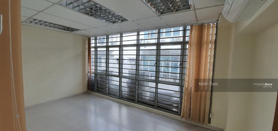OFFICE IN BANDAR PUTERI PUCHONG WITH LIFT FOR RENT  150202947