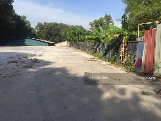 Industrial Zoning Land ( Ready to use ) @ Monterez Golf Club Kg Subang  152207106