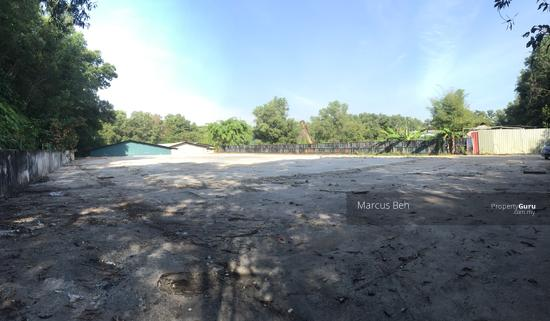 Industrial Zoning Land ( Ready to use ) @ Monterez Golf Club Kg Subang  152207125