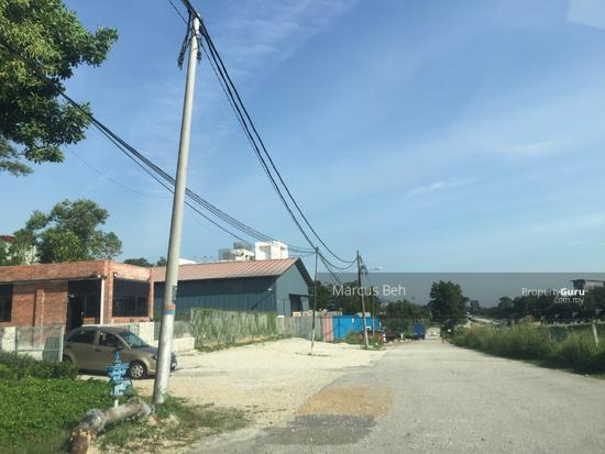 Industrial Zoning Land ( Ready to use ) @ Monterez Golf Club Kg Subang  152207135