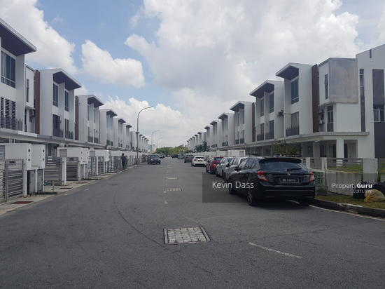 CASCADIA LAKE VISTA TOWNHOUSE PUCHONG PRIMA FOR RENT  153933839