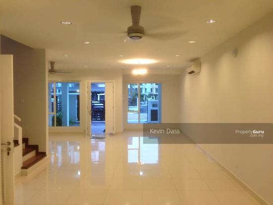 USJ HEIGHTS TWO AND A HALF STOREY FOR SALE  153981462