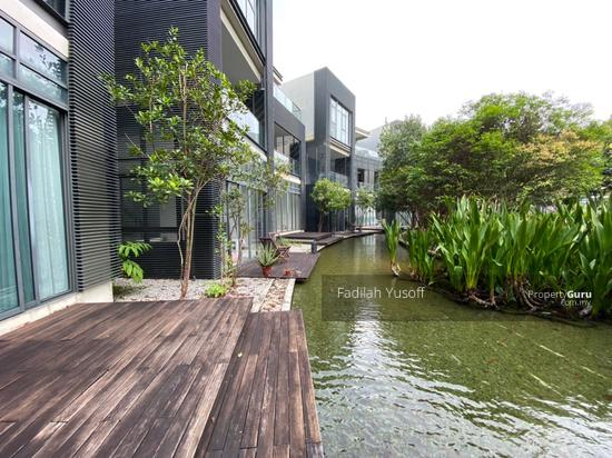 Mirage By The Lake  154440124