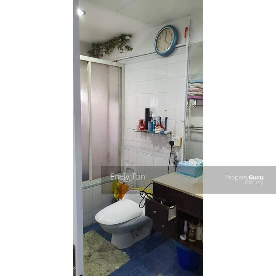 Renovated Spacious Dynasty Condominium nr I City for sale  157249647