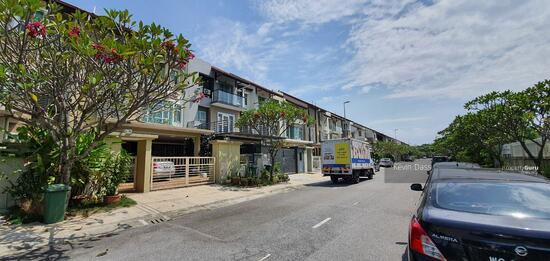 CORNER USJ HEIGHTS WITH SPACIOUS LAND FOR SALE  157460113