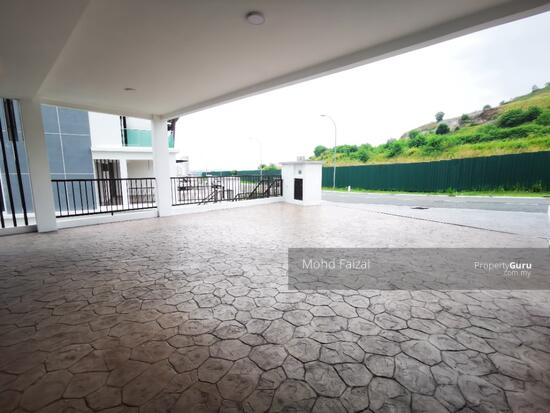PRIVATE LIFT New 3.5 Storey Semi D House Kingsley Hill Putra Heights  161342493