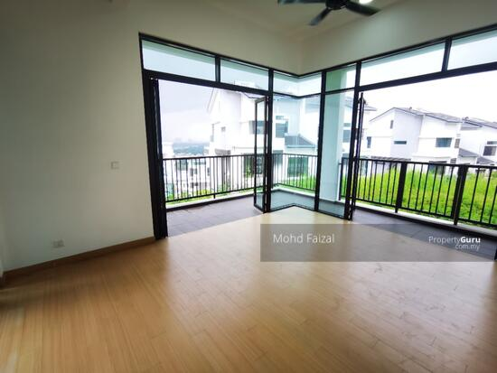 PRIVATE LIFT New 3.5 Storey Semi D House Kingsley Hill Putra Heights  161342496