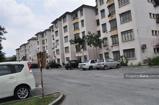 Semarak Apartment  397438