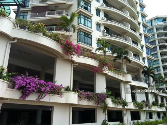 Sri Golden Bay Condominium  10156037